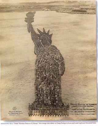 Human Statue of LibertyJPEG