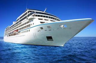 Cruise ship 41666596_s